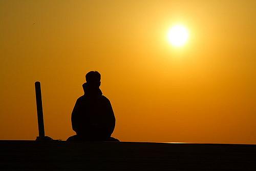 夕日を見ながら瞑想