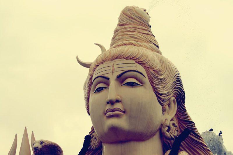 ヨガ 仏像
